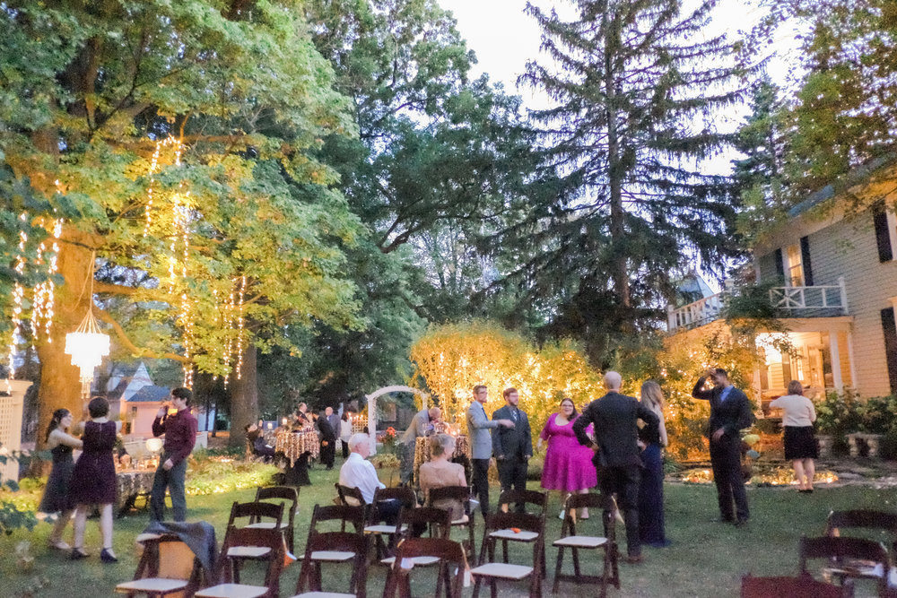 6 backyard wedding - iowa wedding photographer-24.jpg