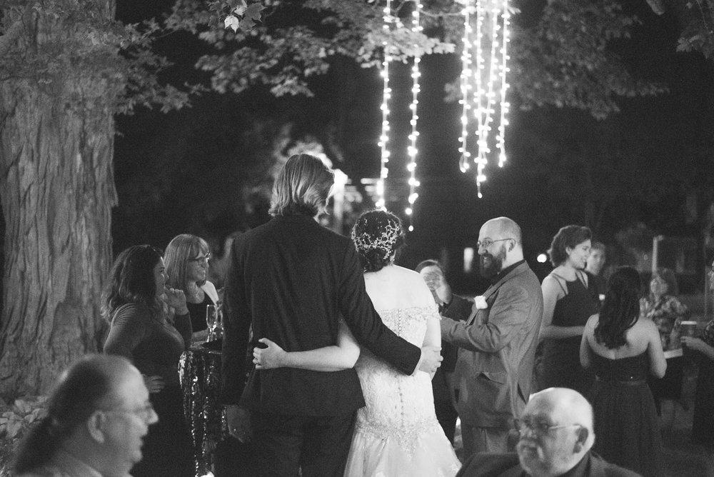 6 backyard wedding - iowa wedding photographer-29.jpg