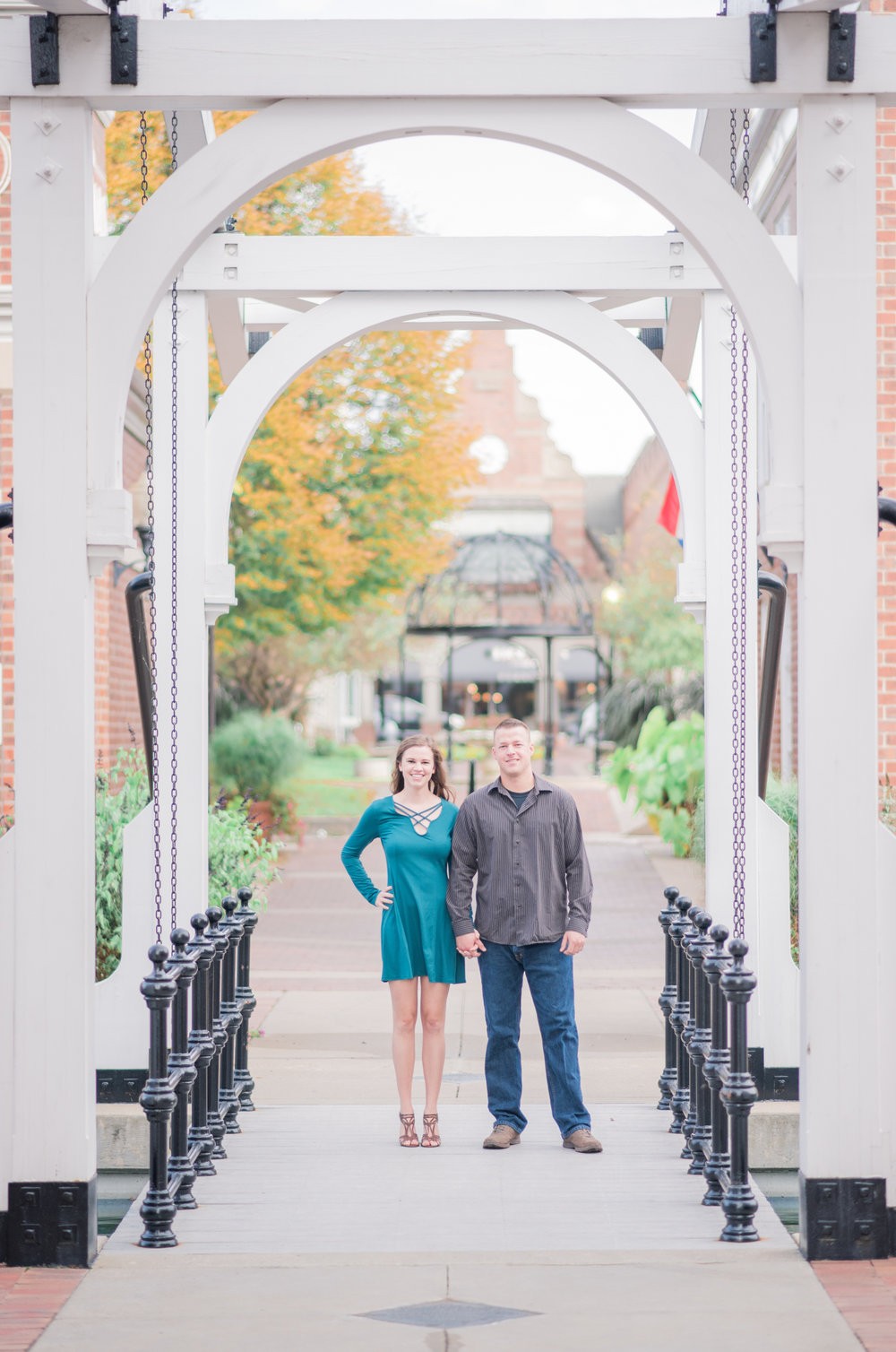 pella iowa engagement - iowa wedding photographer_-28.jpg