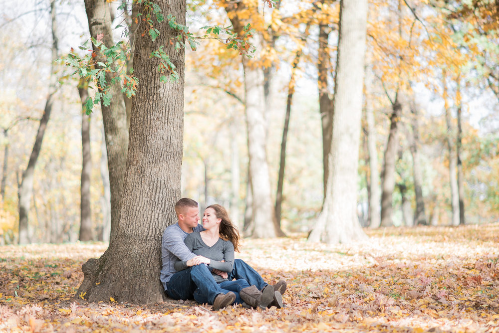 pella iowa engagement - iowa wedding photographer_-49.jpg