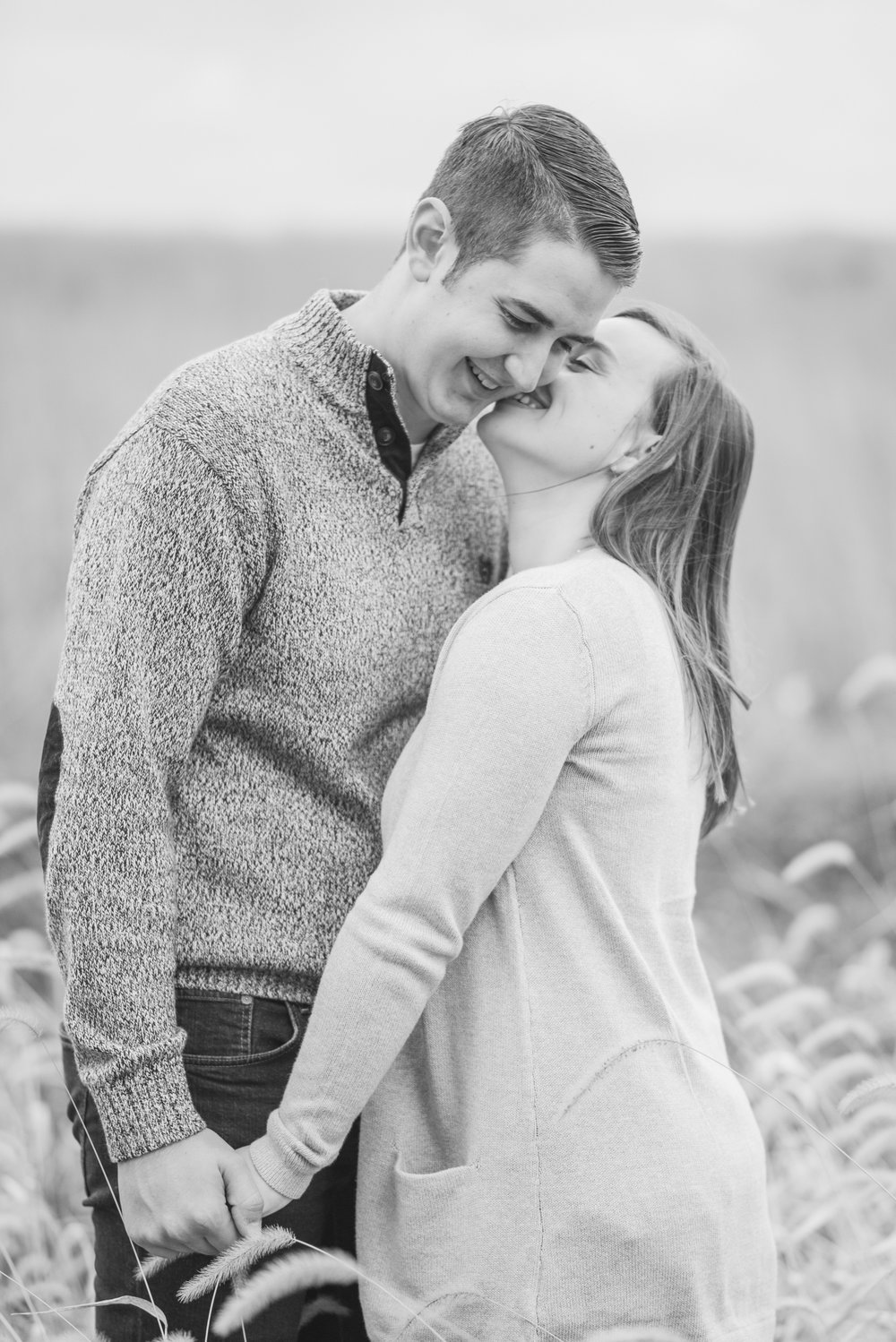 davenport engagement - iowa wedding photographer_-38.jpg