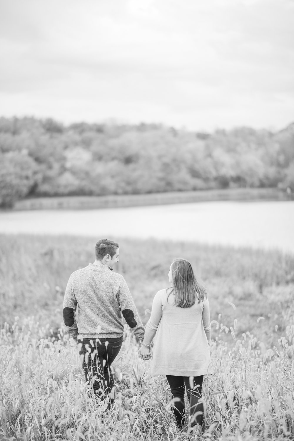 davenport engagement - iowa wedding photographer_-42.jpg
