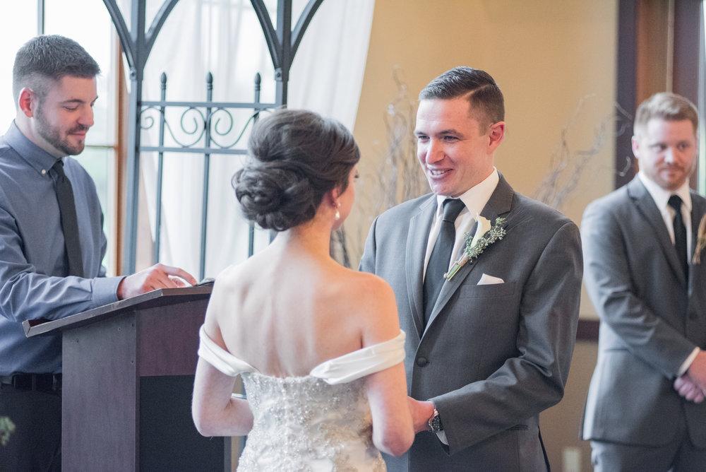 2 iowa wedding photographer - illinois wedding_-11.jpg