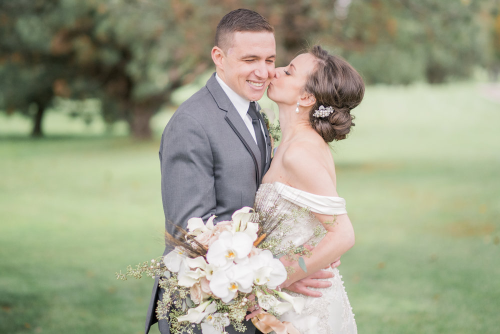 iowa wedding photographer - illinois wedding_-15.jpg