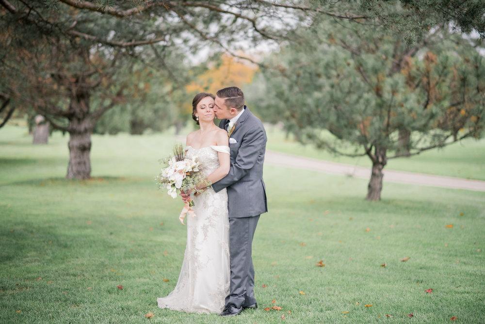 iowa wedding photographer - illinois wedding_-28.jpg
