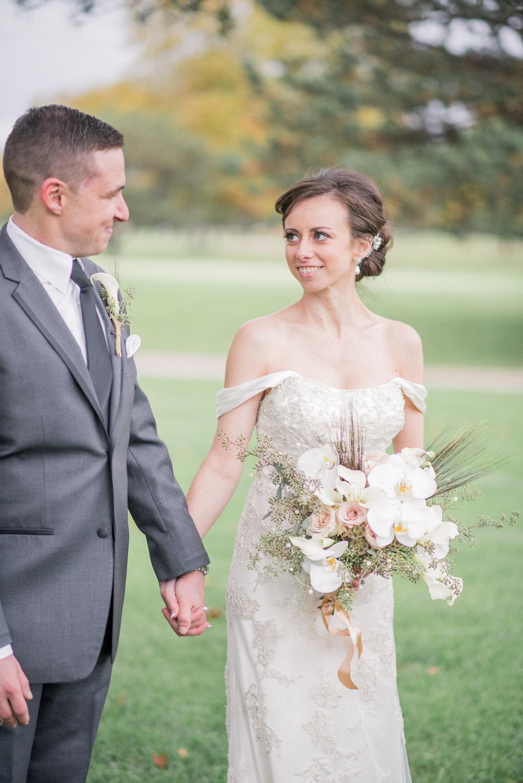 iowa wedding photographer - illinois wedding_-35.jpg