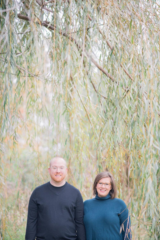 iowa city engagement pictures - iowa wedding photographer-34.jpg