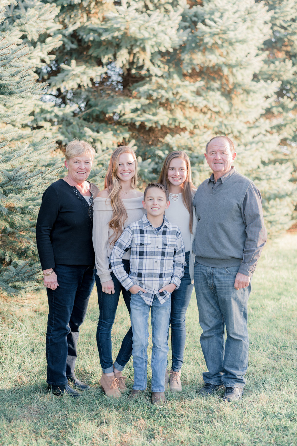 muscatine family pictures - iowa wedding photographer - roos family-14.jpg