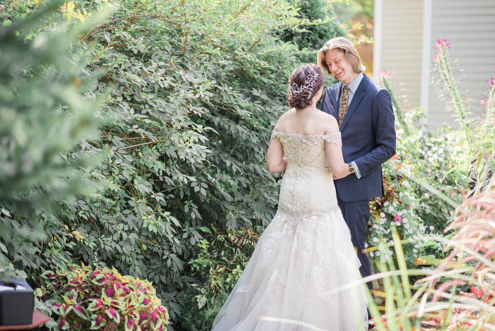 4 backyard wedding - iowa wedding photographer-3.jpg