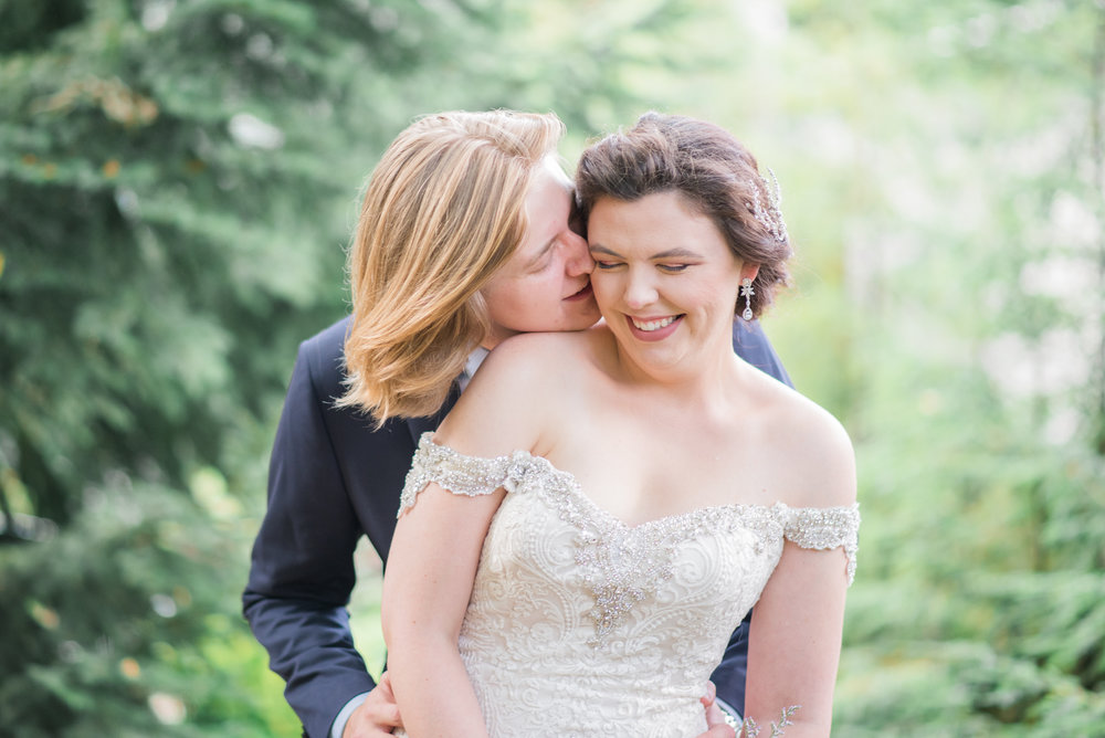 4 backyard wedding - iowa wedding photographer-50.jpg