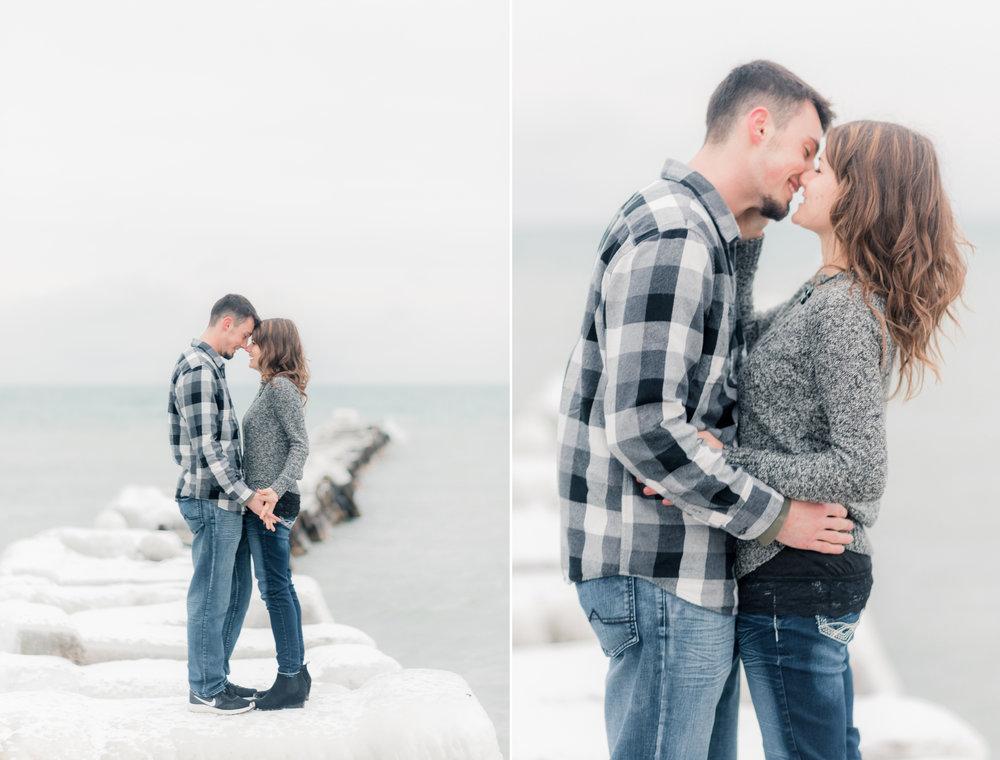 2 iowa wedding photographer - milwaukee engagement - atwater beach engagement pictures2.jpg