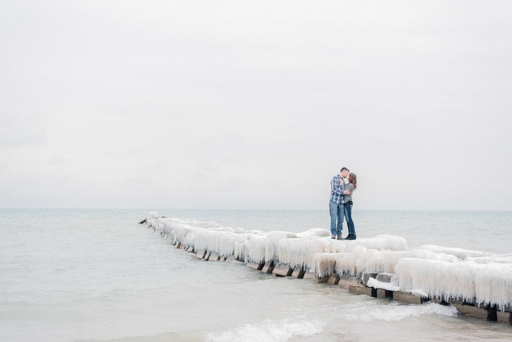 iowa wedding photographer - milwaukee engagement pictures-16.jpg