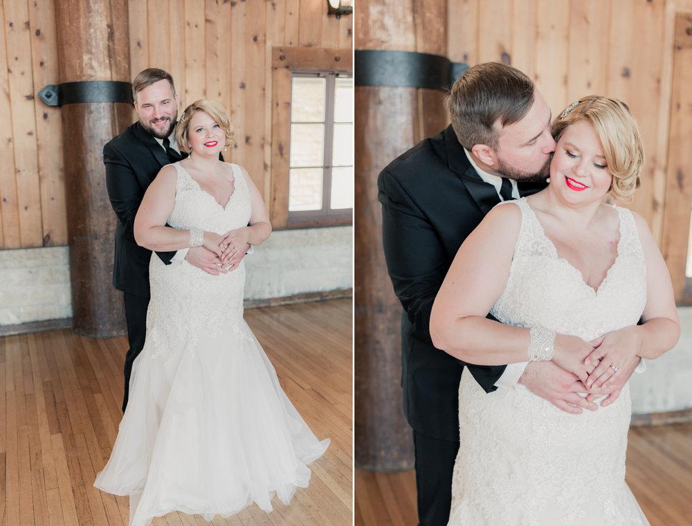 watch tower lodge wedding pictures - iowa wedding photographer 14.jpg