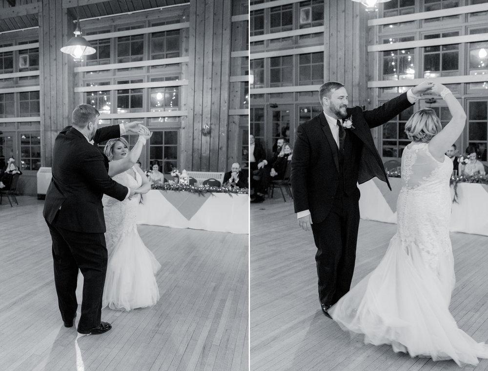 watch tower lodge wedding pictures - iowa wedding photographer 38.jpg