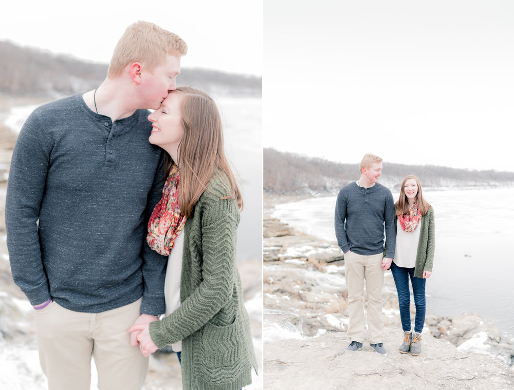 carolyn and ian engagement pictures - iowa wedding photographer3.jpg