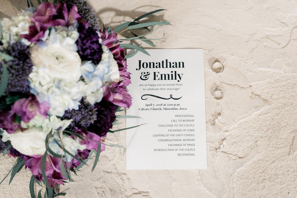 iowa wedding photographer - muscatine wedding pictures_-2.jpg