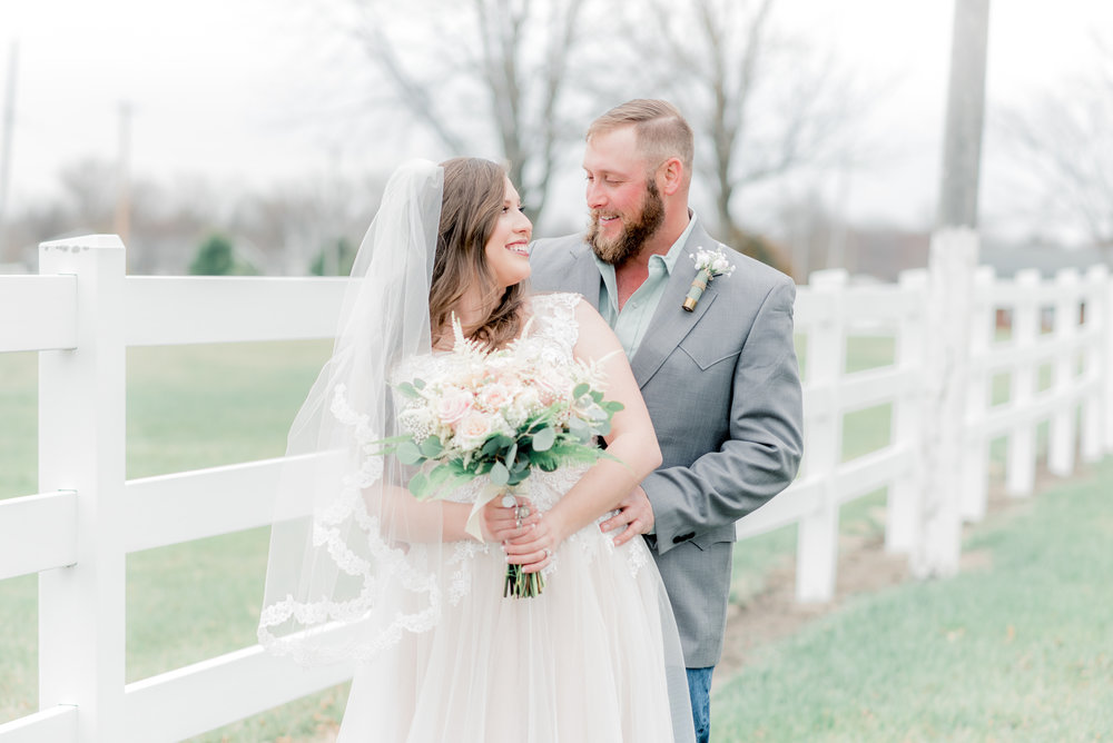 iowa wedding photographer - bride and groom-18.jpg