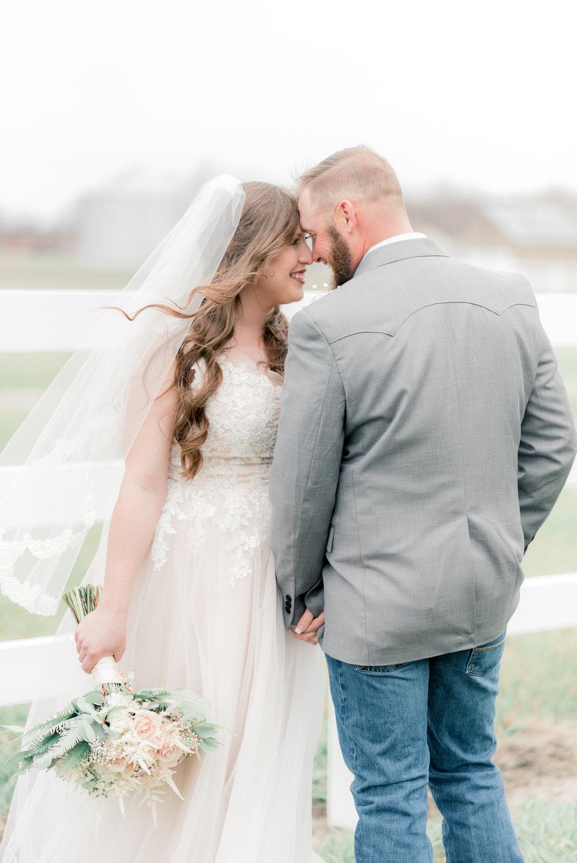 iowa wedding photographer - bride and groom-26.jpg