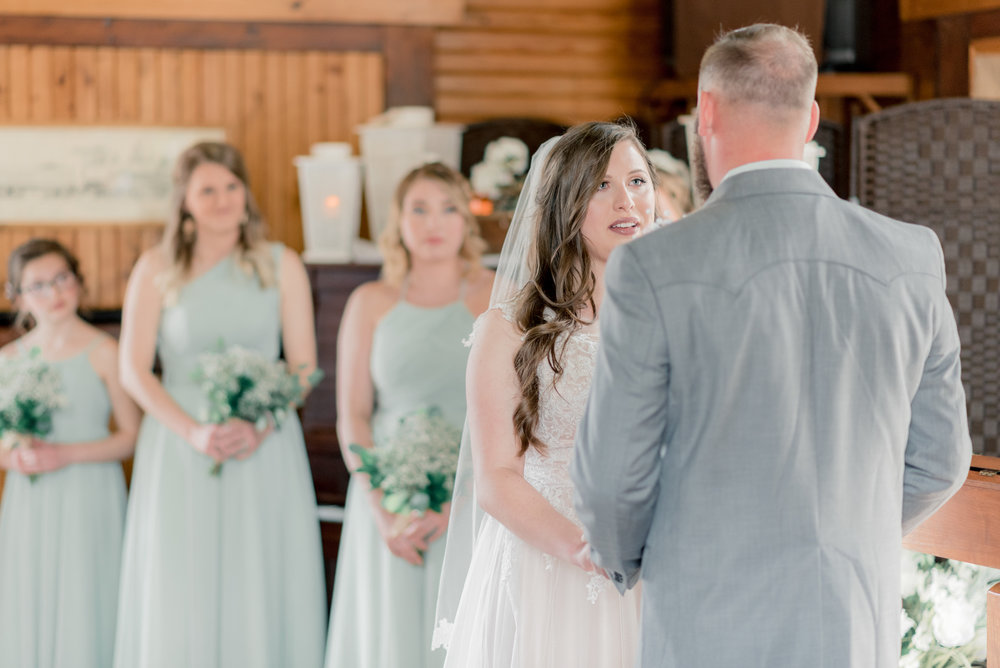 iowa wedding photographer - ceremony-9.jpg