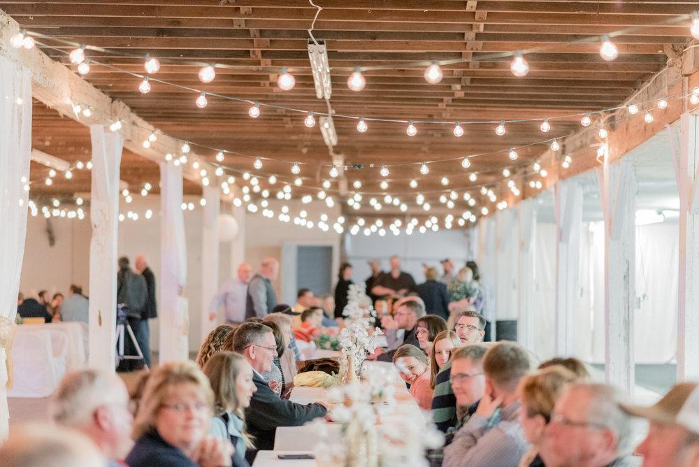 iowa wedding photographer - reception-2.jpg