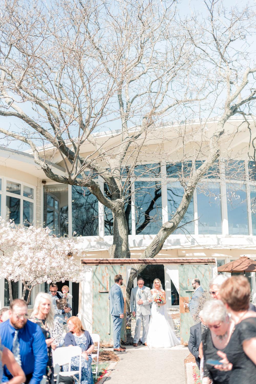 3 iowa wedding photographer - country club wedding pictures-6.jpg