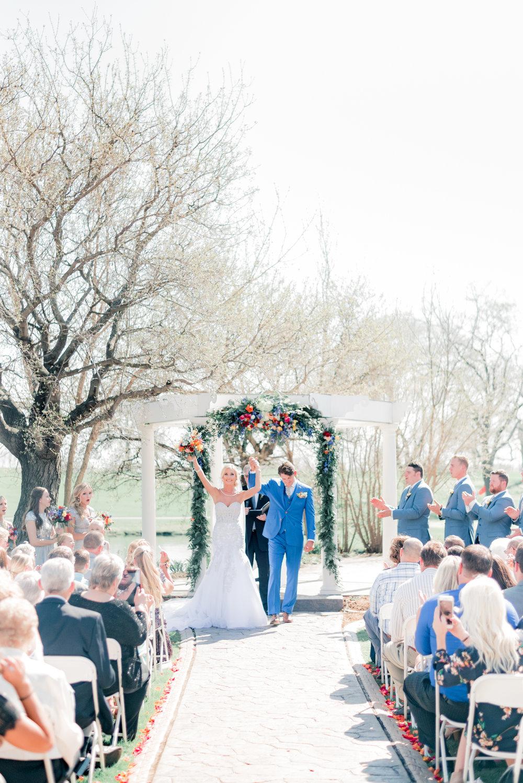 3 iowa wedding photographer - country club wedding pictures-22.jpg