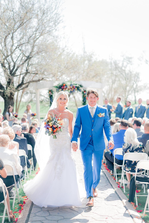 3 iowa wedding photographer - country club wedding pictures-23.jpg
