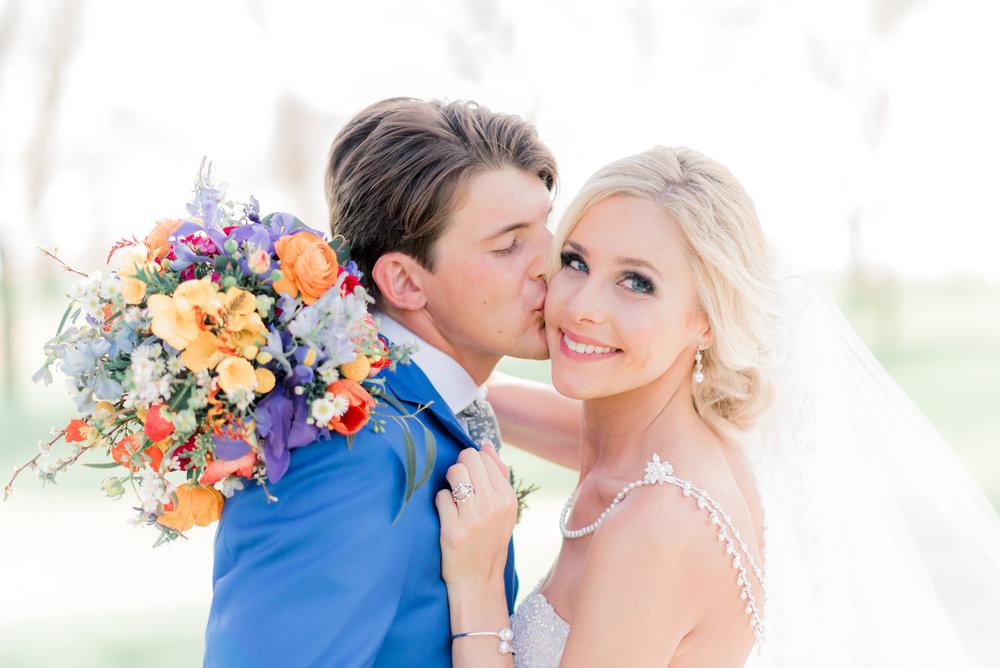 4 iowa wedding photographer - country club wedding pictures-19.jpg