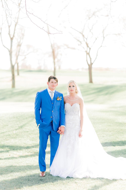 4 iowa wedding photographer - country club wedding pictures-23.jpg