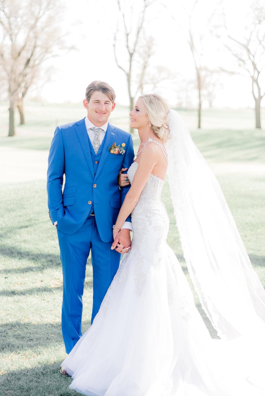 4 iowa wedding photographer - country club wedding pictures-26.jpg