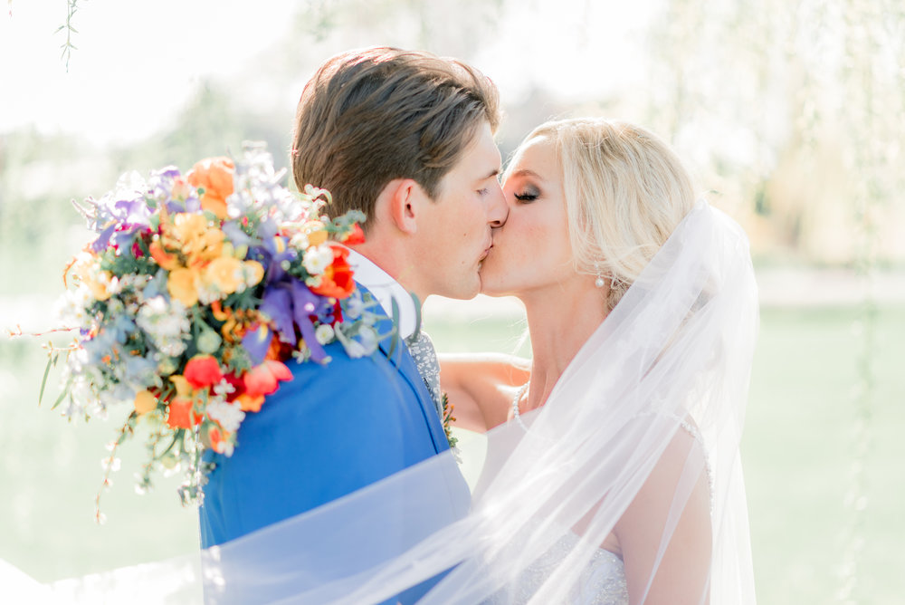 4 iowa wedding photographer - country club wedding pictures-41.jpg