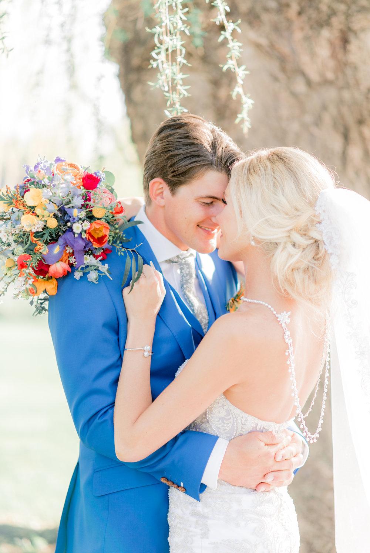 4 iowa wedding photographer - country club wedding pictures-43.jpg