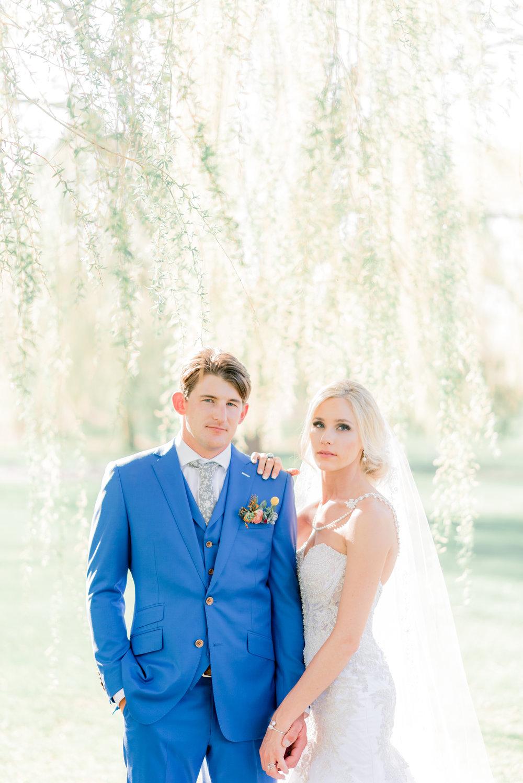 4 iowa wedding photographer - country club wedding pictures-47.jpg