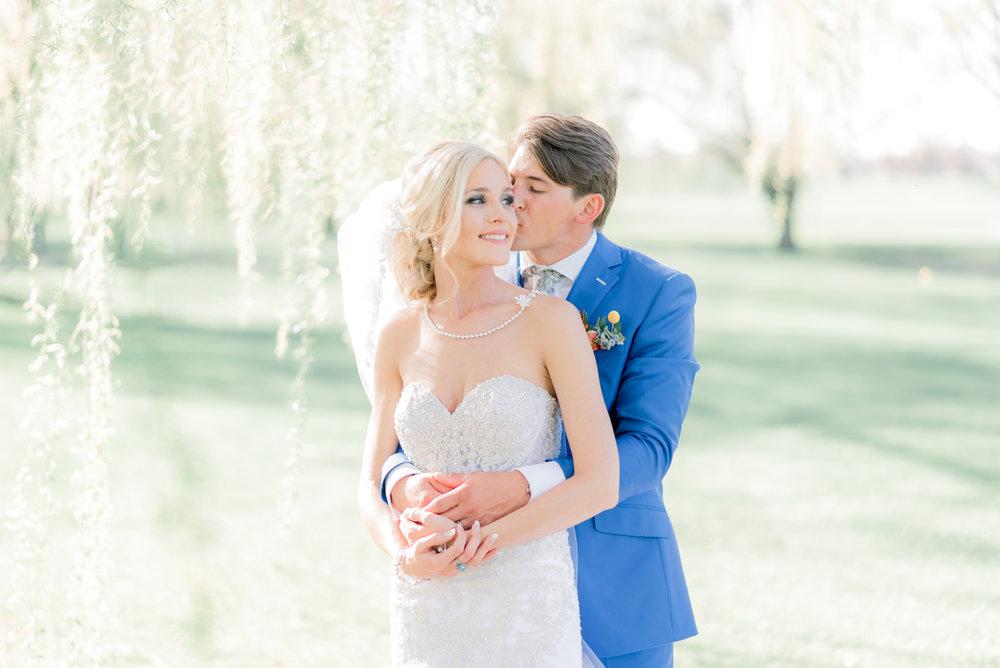 4 iowa wedding photographer - country club wedding pictures-54.jpg