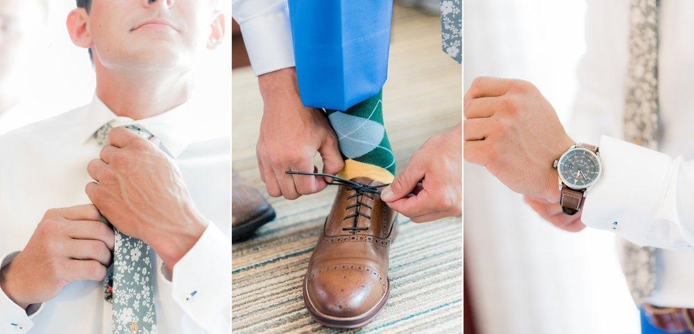 6 engagement pictures - iowa wedding photographer 13.jpg