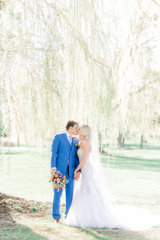 4 iowa wedding photographer - country club wedding pictures-50.jpg