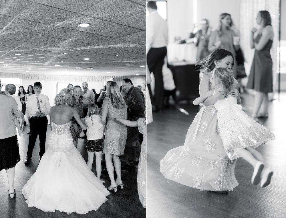 8 engagement pictures - iowa wedding photographer 9.jpg