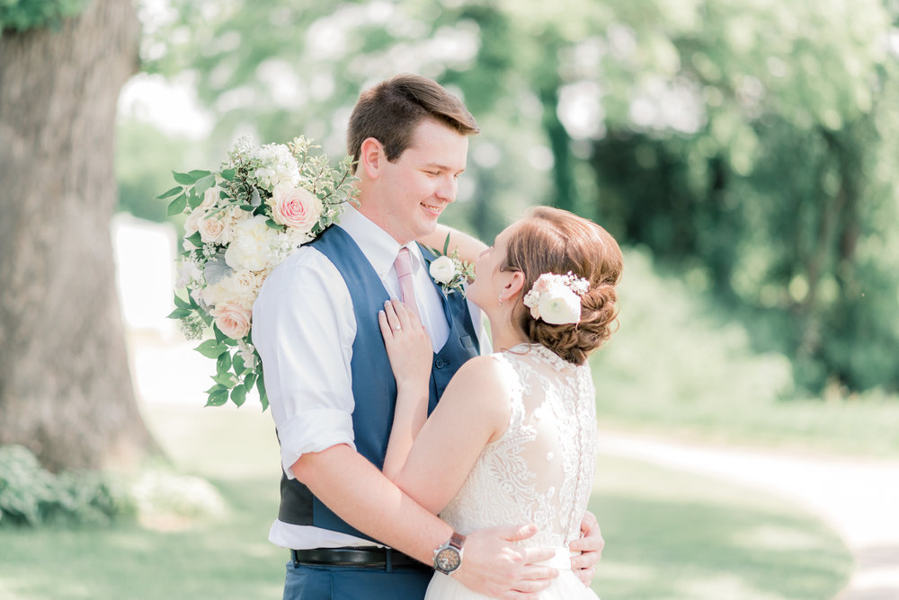 iowa wedding photographer - wedding pictures at short hills country club-49.jpg