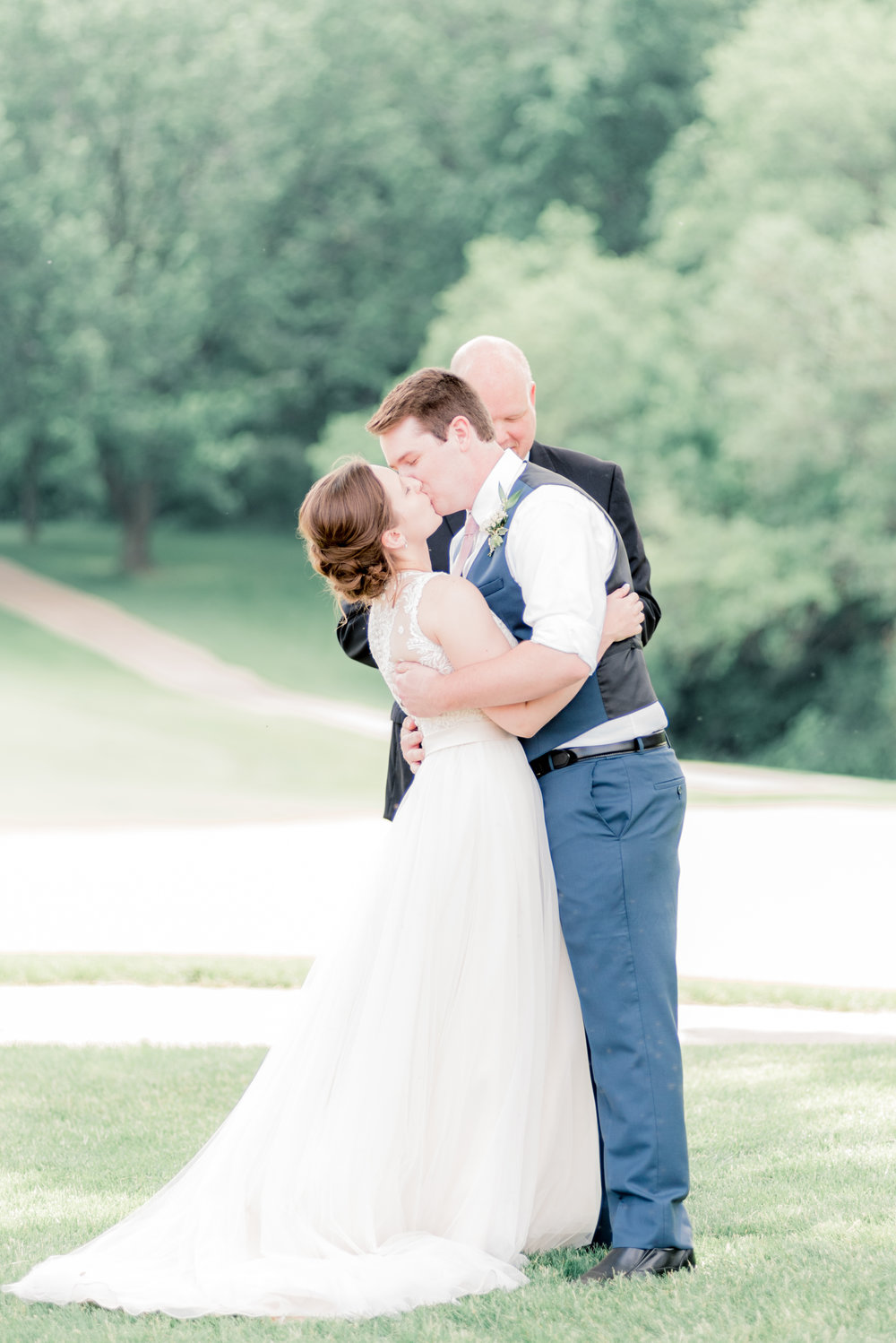 iowa wedding photographer - wedding pictures at short hills country club-124.jpg