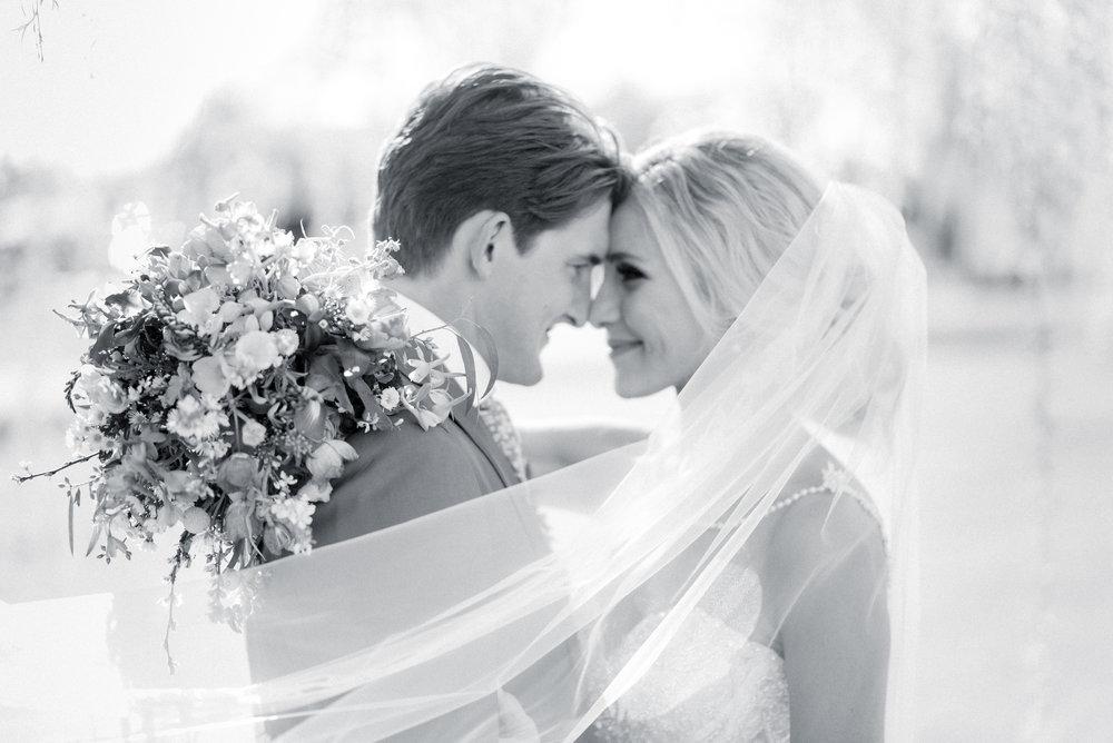 destination wedding photographer - iowa wedding photographer_-46.jpg