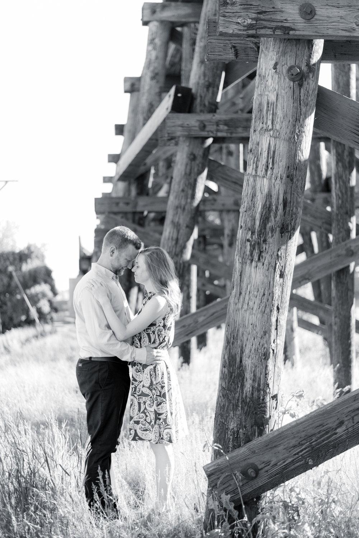 iowa wedding photographer - engagement picutres in davenport iowa-65.jpg
