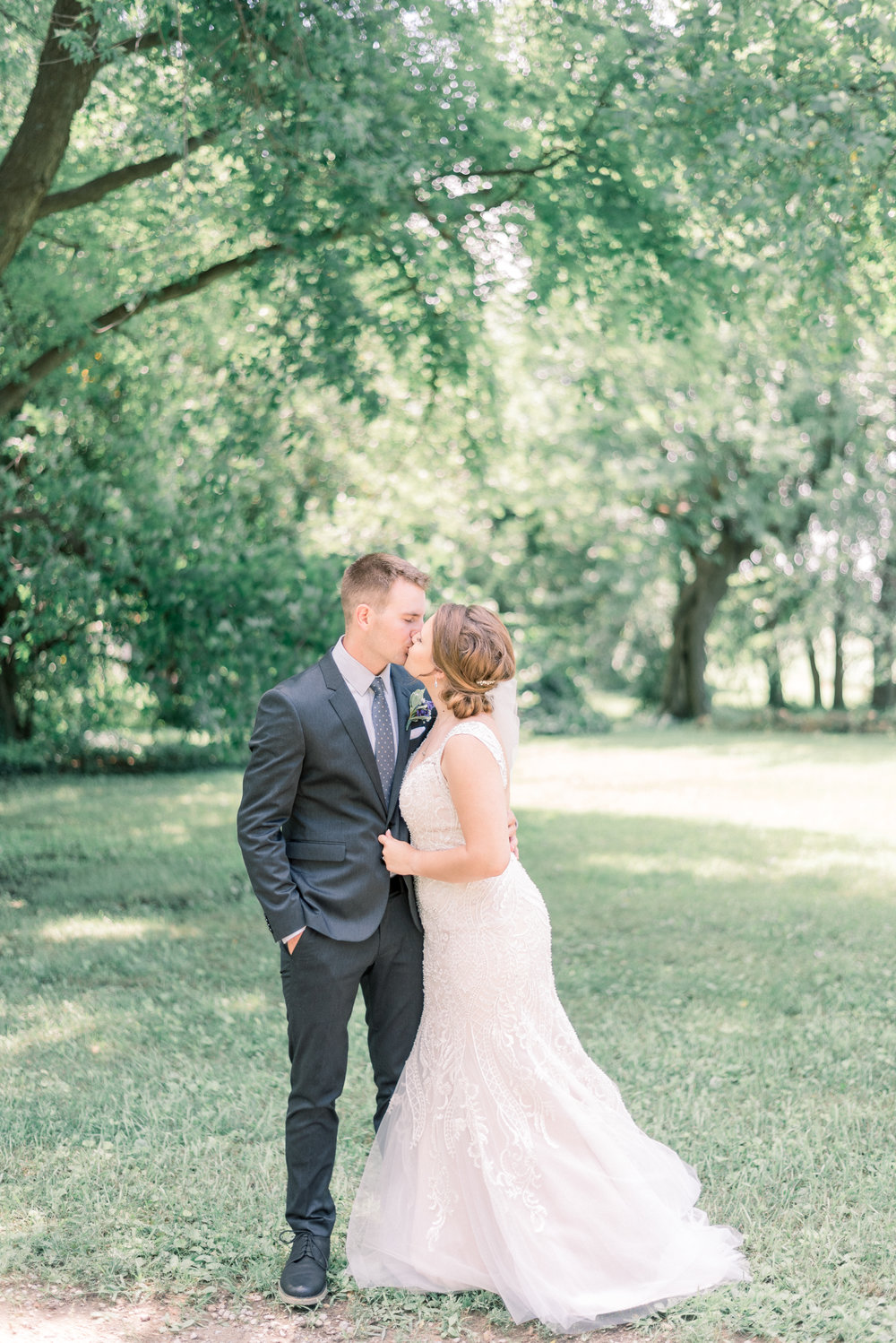iowa wedding photographer-43.jpg