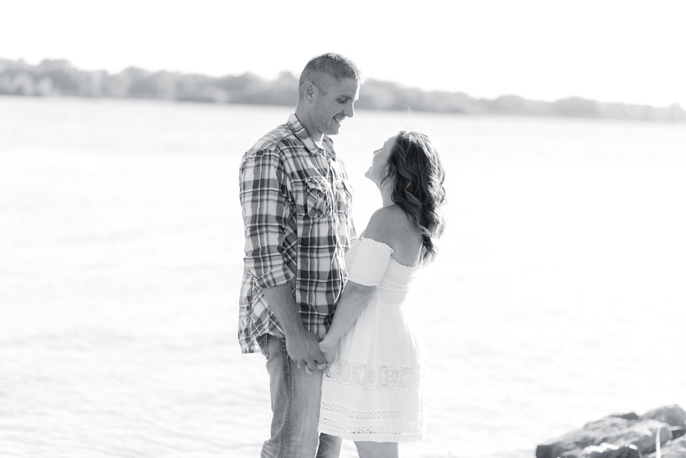 iowa wedding photographer - davenport engagement pictures-29.jpg