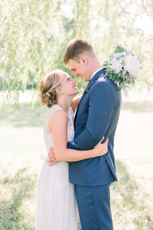 iowa wedding photographer_-166.jpg