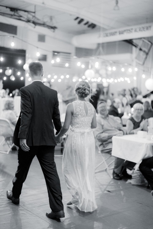 iowa wedding photographer_-141.jpg