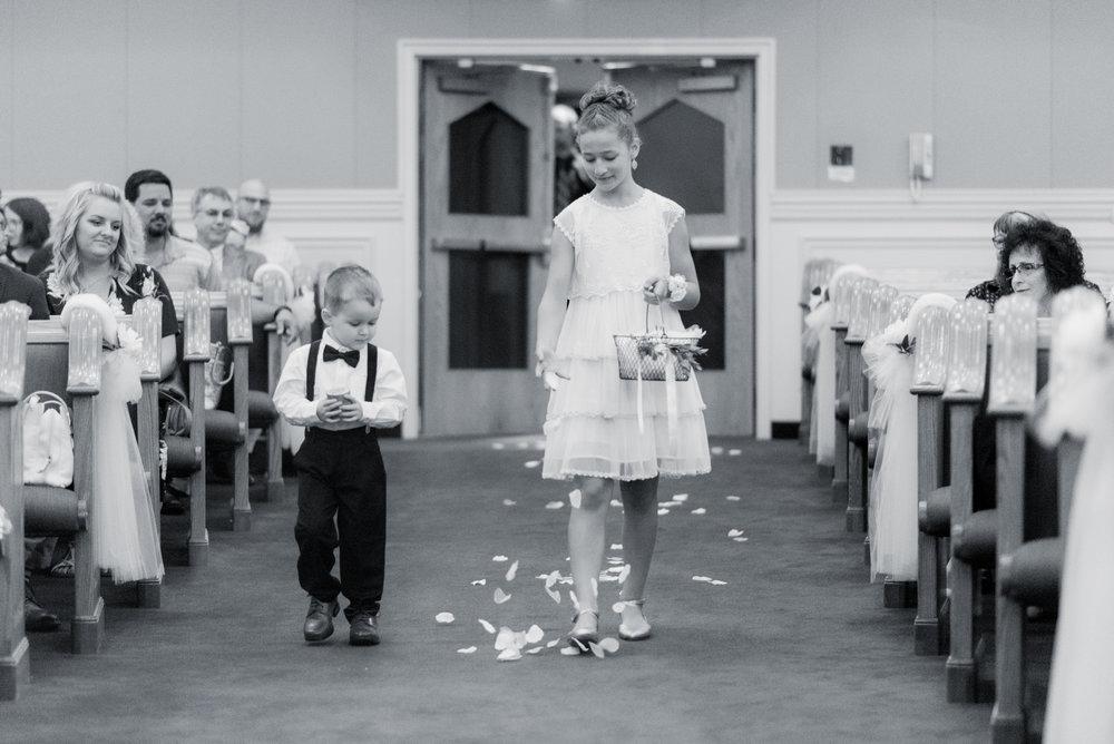iowa wedding photographer_-129.jpg