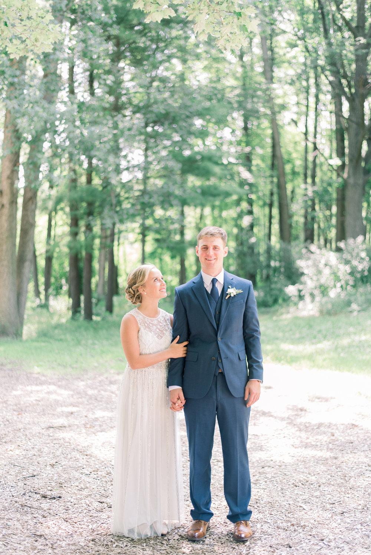 iowa wedding photographer_-45.jpg