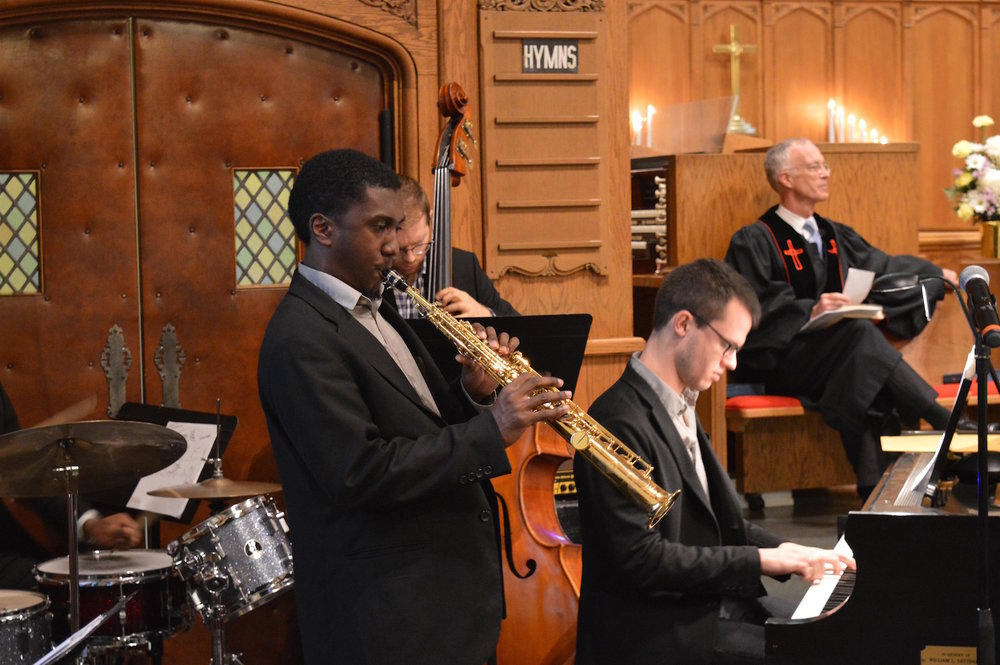 During the first week of November, Warren's Cooper's Jazz Ensemble played Grace's 10:30 a.m. jazz worship service.