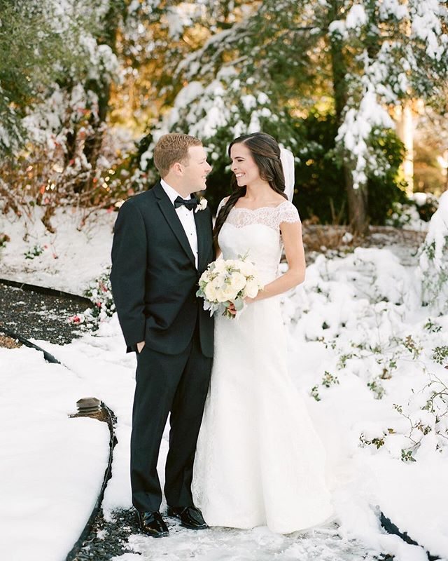 Happy 1st Anniversary Anna Marie and Chase! 📷 @morninglight.photo ⠀⠀⠀⠀⠀⠀⠀⠀⠀ #wedding #weddingseason #weddingday #weddingplanner #atlantaweddingplanner #southernwedding #southerncharm #southern #bride #groom #brideandgroom #bridal #georgiawedding #weddingdetails #weddingdesign #winterwedding #whitewedding #snowday #snowwedding #decemberwedding #decemberbride #luxurywedding #weddinginspo #weddingdesign
