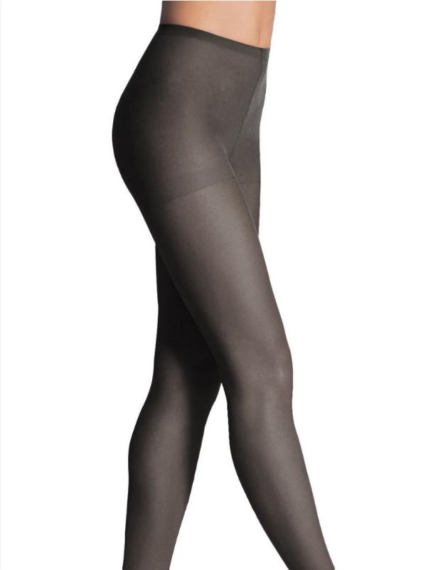 Le bas culotte est indiqué pour celles qui désirent un soutien vraiment confortable et qui ne bouge pas. Bien qu'un bas genou ou cuisse ne devrait pas bouger lorsque bien ajusté, le bas culotte vous assure une tenue sans faille pour toute la journée.